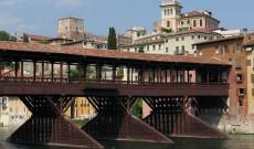 Il bellissimo Ponte sul Brenta: Il Ponte degli Alpini