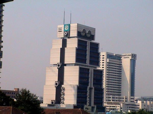 Robot Building a Bangkok