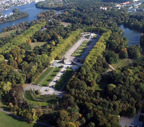 Treptower Park Berlino