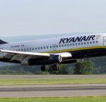 Aereo Ryanair in decollo