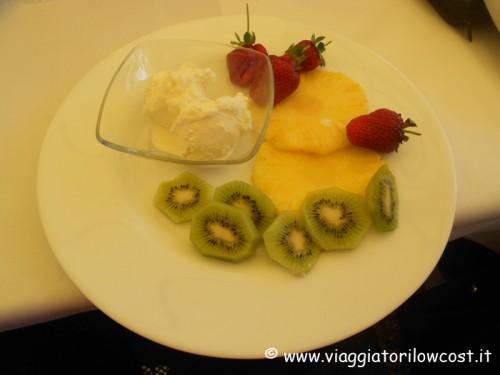 Frutta e gelato