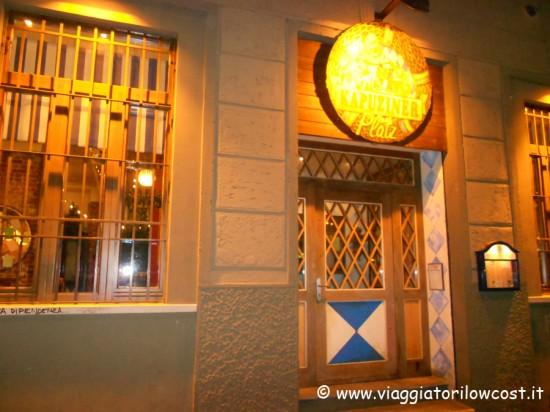 Pub Kapuziner Platz Milano