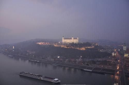 Bratislava visitare Novy Most
