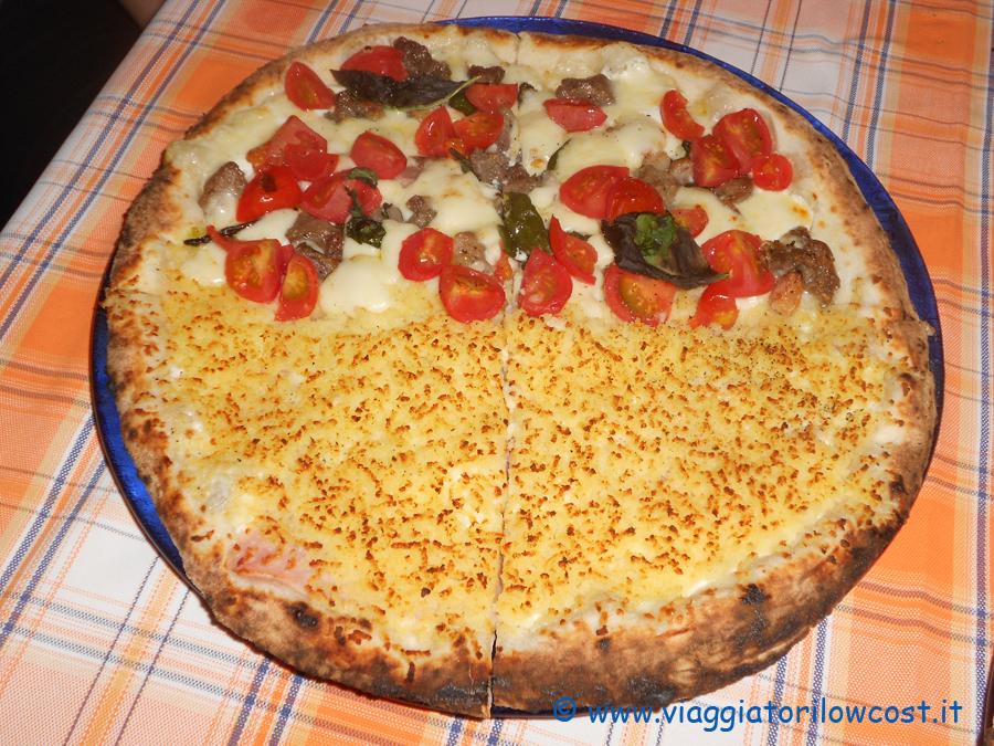 La pizza fiocco della pizzeria napoletana shekkinah a for Pizza pizzeria