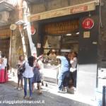 Pizzeria Di Matteo a Napoli in via dei Tribunali