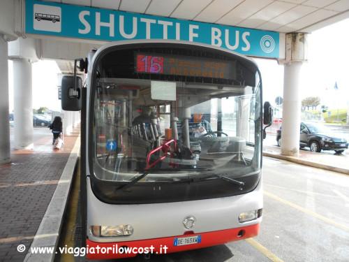 Collegamenti Aeroporto Bari Centro città in autobus