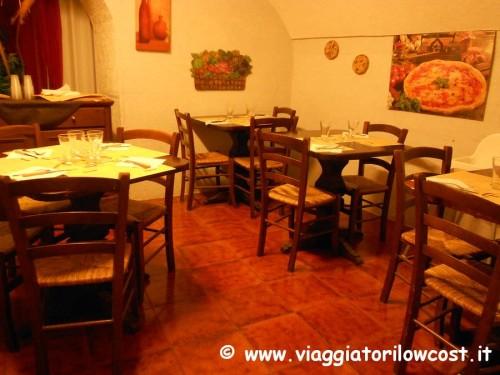 Pizzeria Gaetano Genovesi a Napoli mangiare pizza napoletana