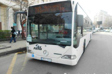 andare dall'aeroporto di Bucarest al centro in autobus