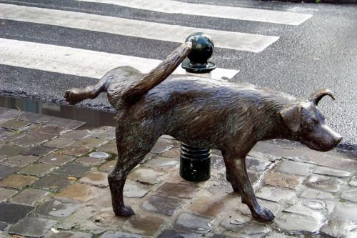 cosa vedere a Bruxelles statua di Zinneke-Pis