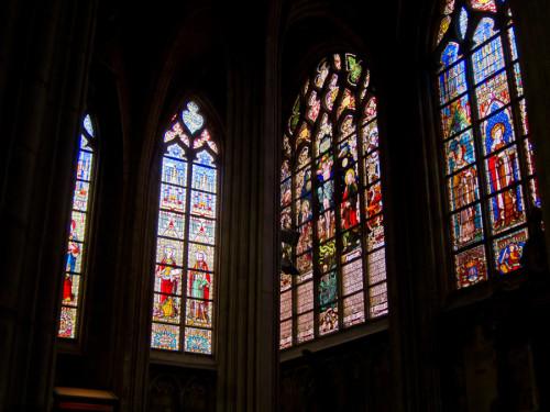 cosa vedere a Bruxelles vetrate Chiesa du Sablon
