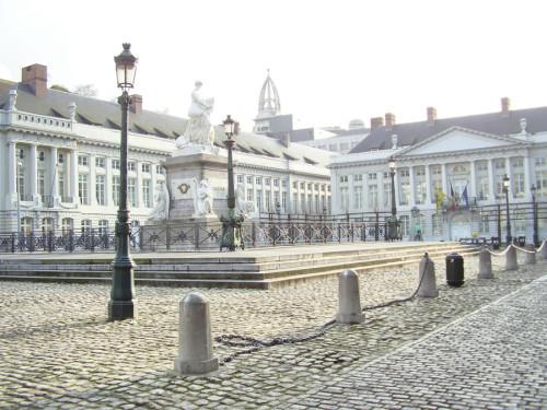 cosa vedere a Bruxelles visita a Place des Martyrs