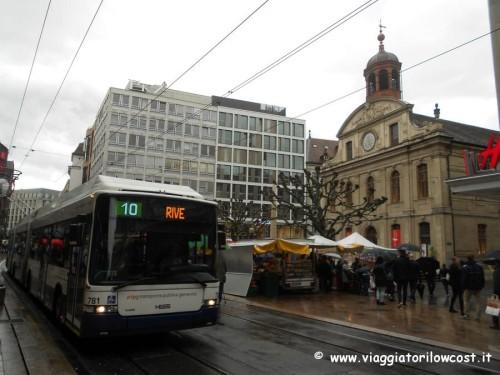 Come arrivare dall'aeroporto di Ginevra al centro autobus