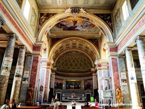 Visitare Caserta Interni del Duomo