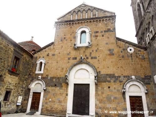 Visitare Caserta Duomo di Casertavecchia