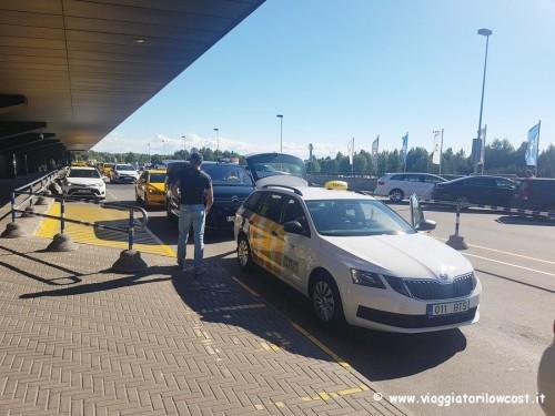 collegamenti tra aeroporto Tallinn e centro in taxi