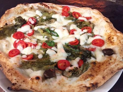 Pizza Ricciulella della Pizzeria Gaetano Genovesi a Napoli