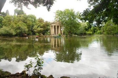 Largo del Parco di Villa Borghese a Roma