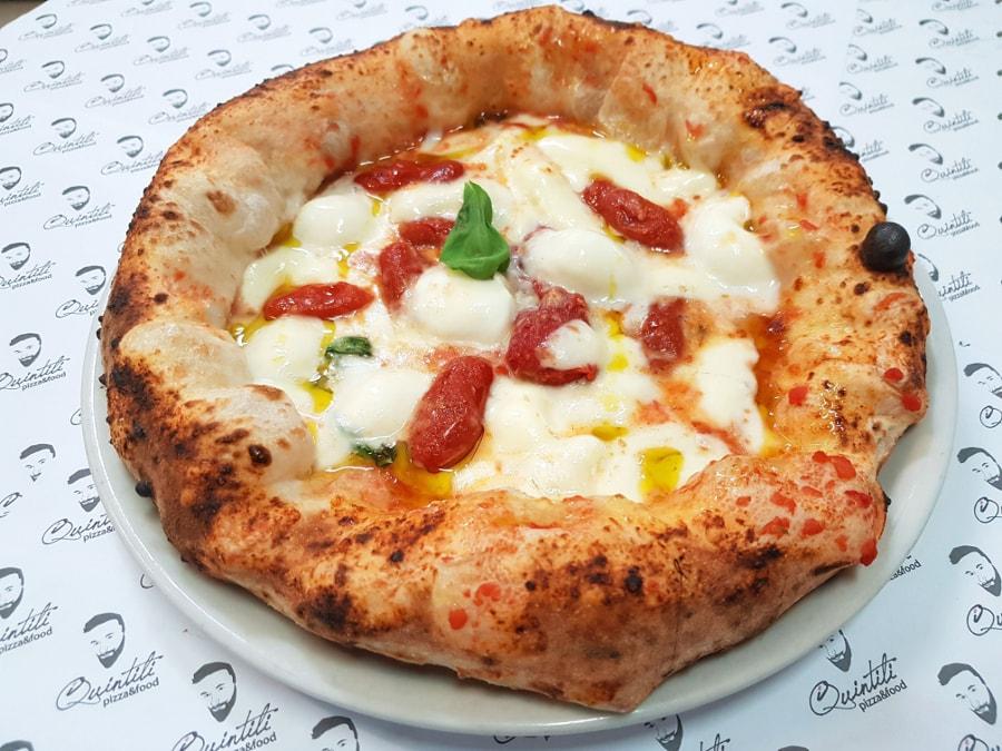 Pizzeria iQuintili pizza più buona di Roma
